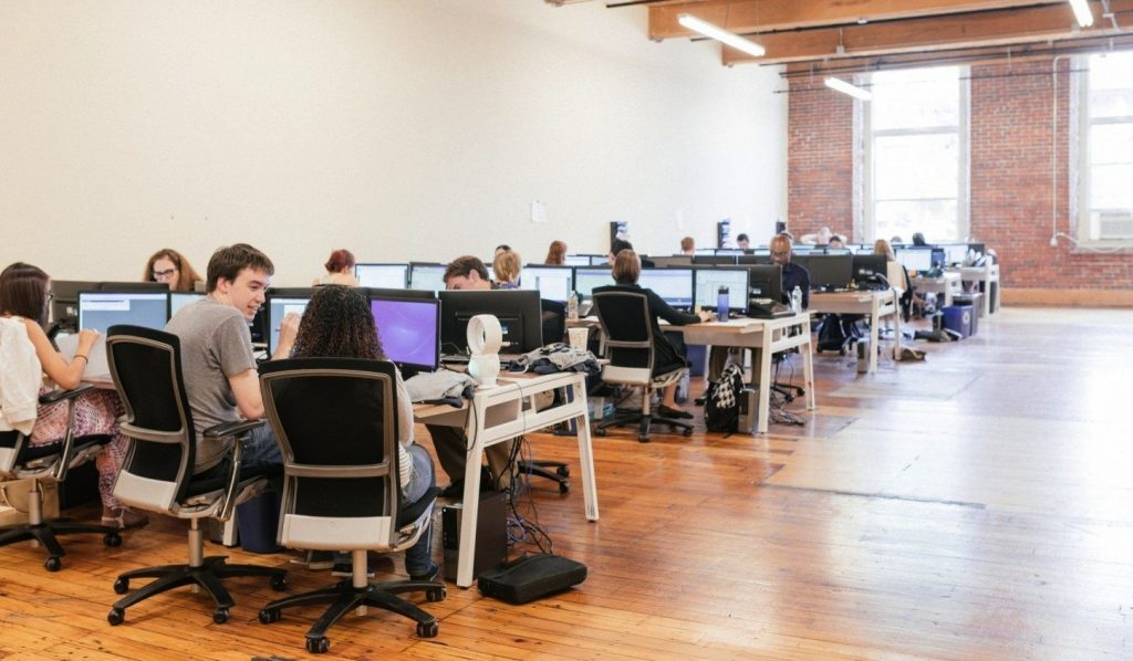 A look inside Pillpack's open Boston HQ floorplan.