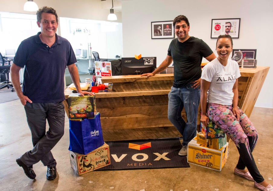 Happy Drizly employees deliver the first-ever DC shipment (via Drizly).