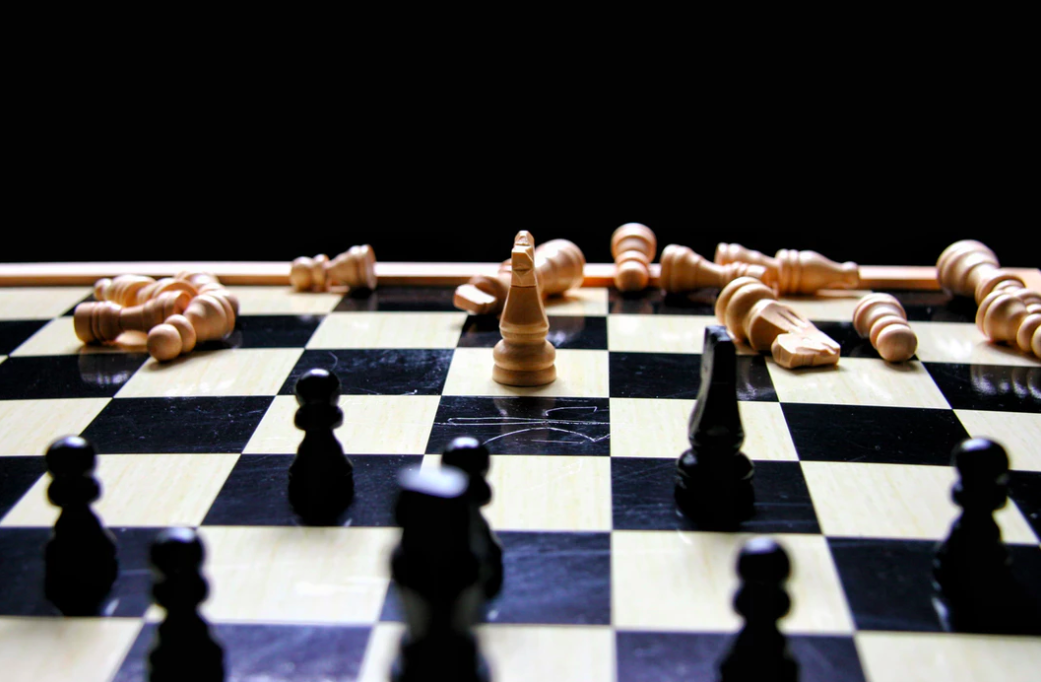 highly-effective-and-respected-managers-are-playing-chess-not-checkers